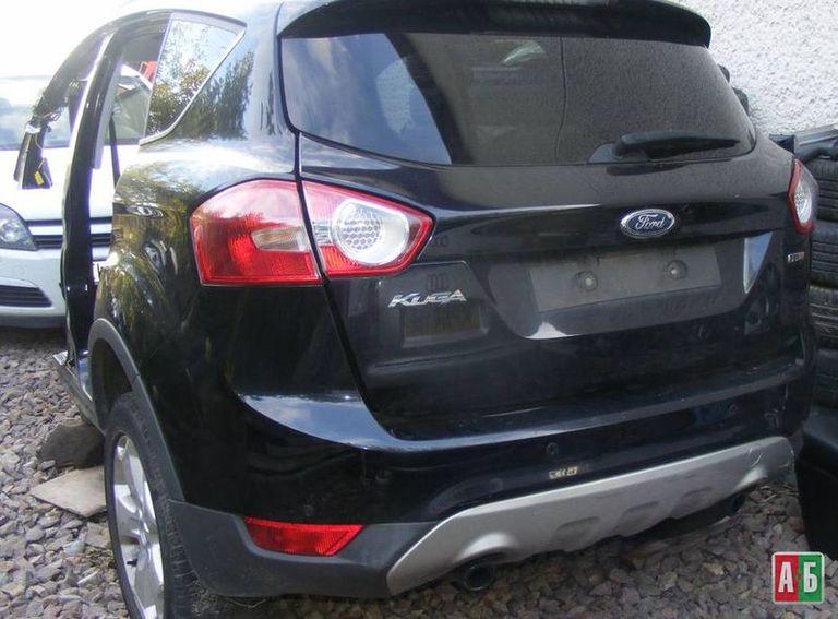 клык бампера для Ford Kuga - купить на Автобазаре - фото 2