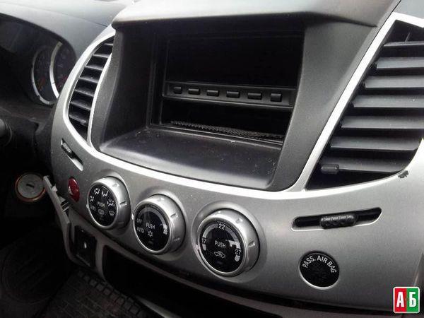 переключатели для Mitsubishi l 200 - купить на Автобазаре - фото 1