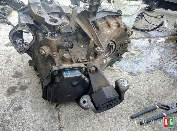 КПП для Volkswagen T5 (transporter) - купить на Автобазаре - фото 1