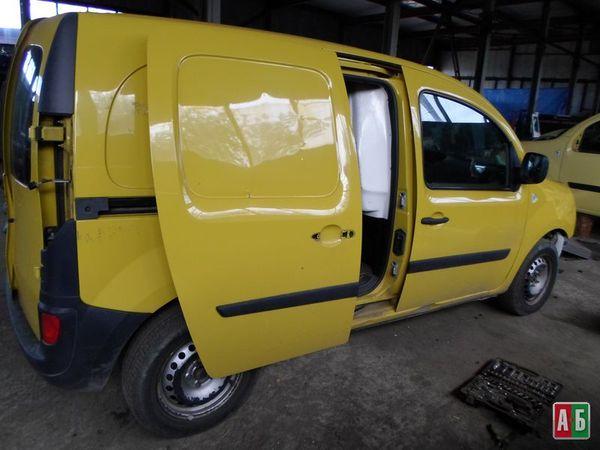 накладка решетки радиатора для Renault Kangoo - купить на Автобазаре - фото 4