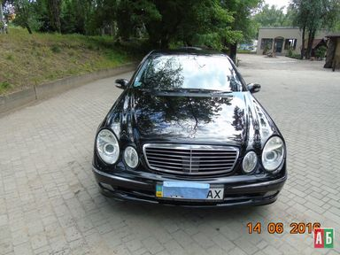 Продажа б/у Mercedes-Benz E-Класс 2004 года в Днепре - купить на Автобазаре