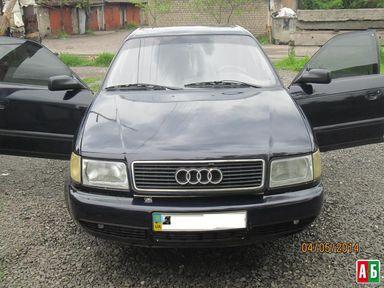 Продажа б/у Audi 100 1993 года - купить на Автобазаре